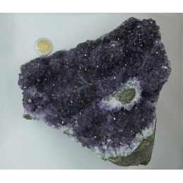 Ametyst geoda 2,05 kg 15 x 17 x 9 cm